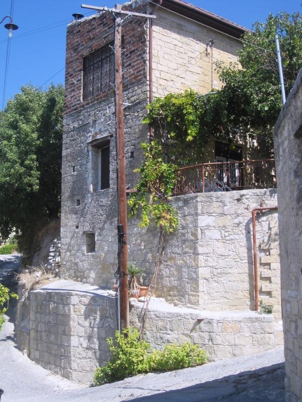 Kyriakou Matsi street, Arsos
